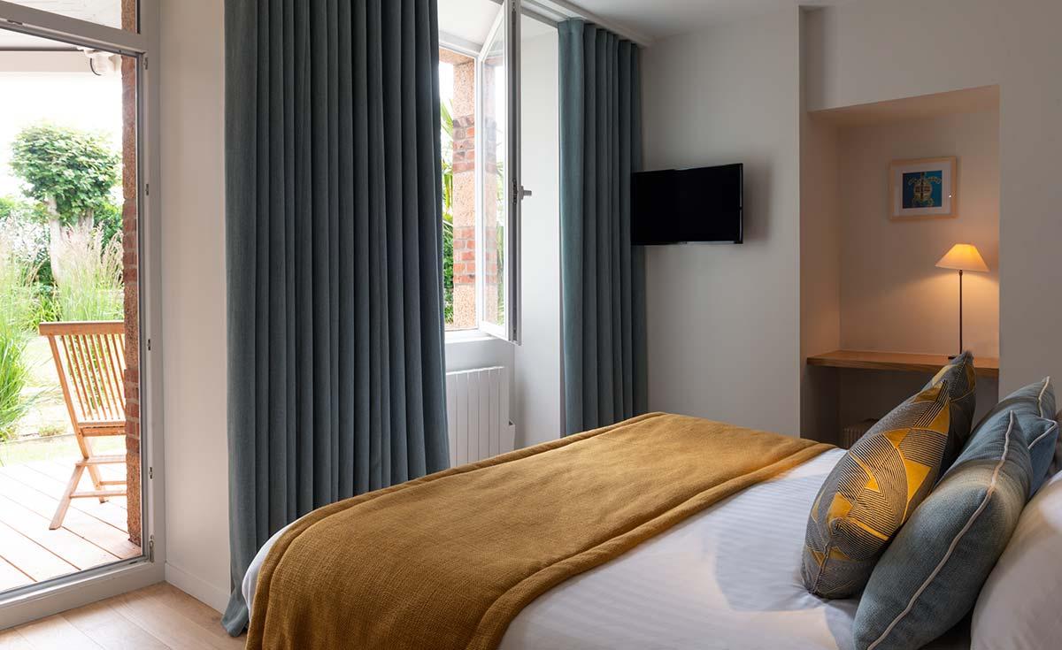 hotel costans chambre superieure jardin terrasse